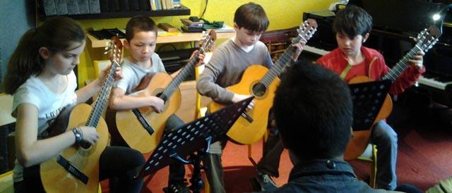 enfants-guitare